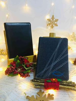 Agenda Diario de Promesas 2021 + Biblia NVI Ultrafina Compacta Símil Piel Negro (Simil Piel) [Biblia]