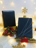 Agenda Diario de Promesas 2021 + Biblia NVI Ultrafina Compacta Símil Piel Negro